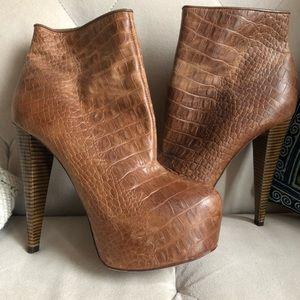 Alice + Olivia Tan Heel Ankle Boots